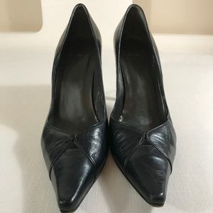 🆕 Stuart Weitzman Black Leather Pumps size 7.5